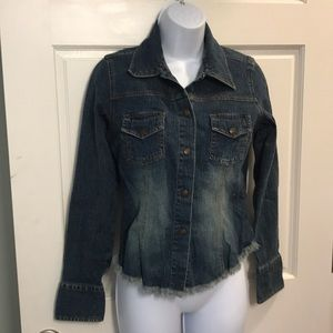 SO Brand snap up Jean jacket with fringe Sz M